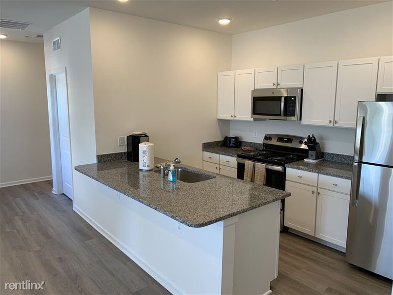 Furnished/Turnkey - Towne Center - GM Tech Center - 17 - IMG_3857