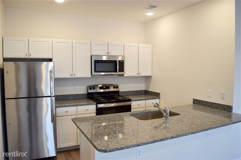 Furnished/Turnkey - Towne Center - GM Tech Center - 18 - DSC_0473