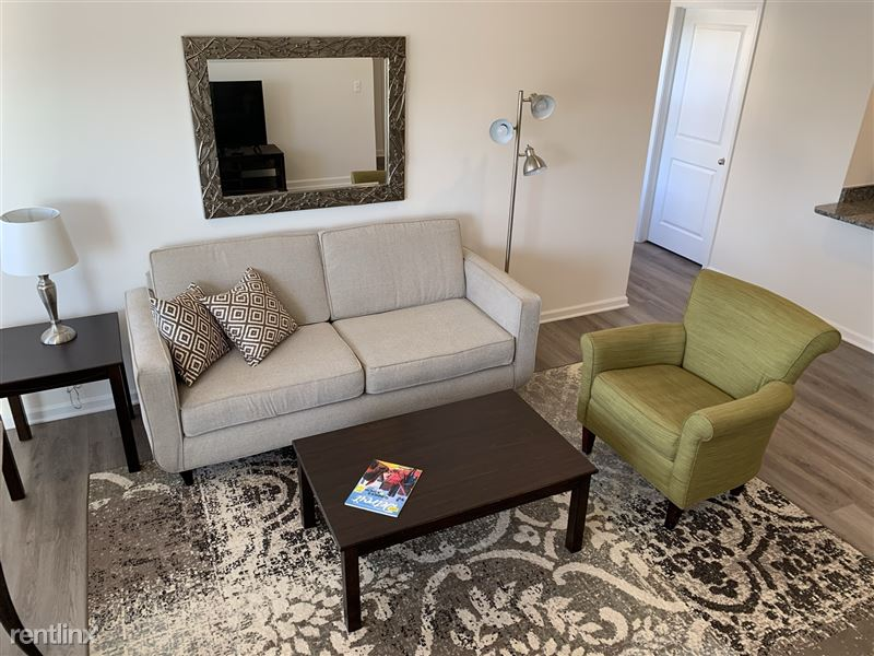 Furnished/Turnkey - Towne Center - GM Tech Center - 10 - IMG_3867