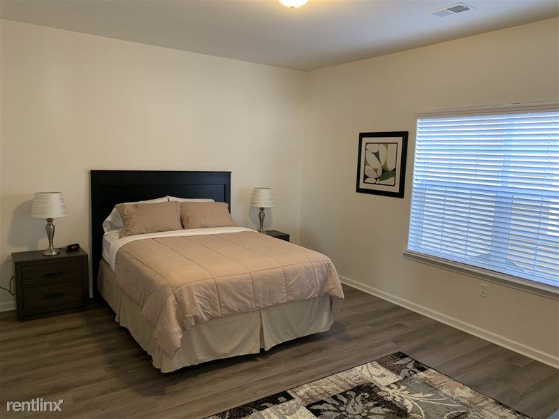 Furnished/Turnkey - Towne Center - GM Tech Center - 22 - IMG_3895