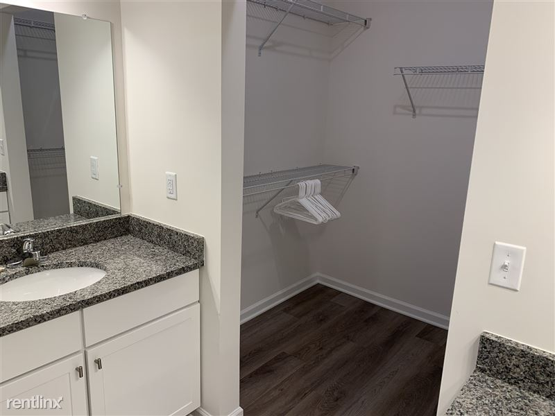 Furnished/Turnkey - Towne Center - GM Tech Center - 31 - IMG_3910