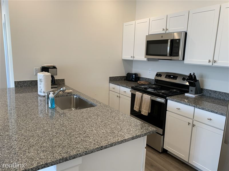 Furnished/Turnkey - Towne Center - GM Tech Center - 16 - IMG_3922
