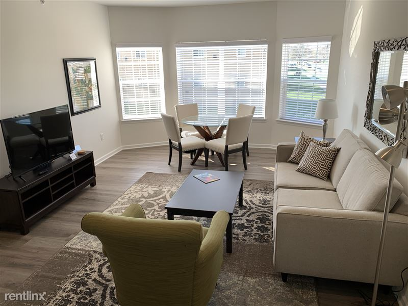 Furnished/Turnkey - Towne Center - GM Tech Center - 14 - IMG_3940