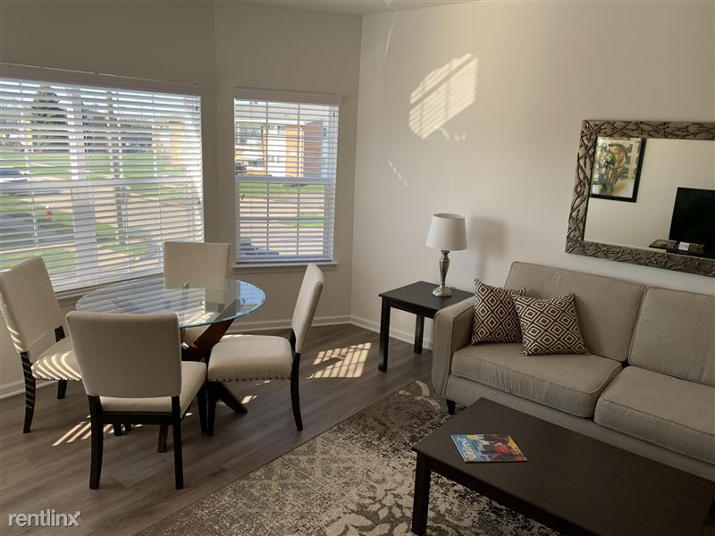 Furnished/Turnkey - Towne Center - GM Tech Center - 11 - IMG_3948
