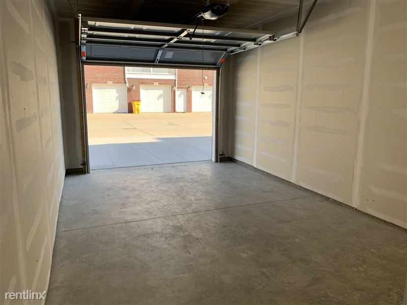 Furnished/Turnkey - Towne Center - GM Tech Center - 36 - IMG_3961