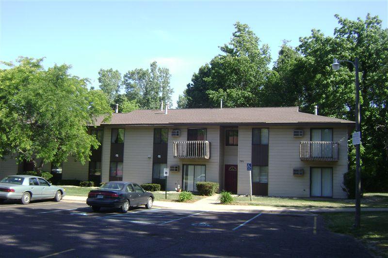 Mi Housing Locator Lake Wind Apartments 703 S Broadway St Cassopolis Mi  Michigan Housing Locator By . Mi Housing Locator ...