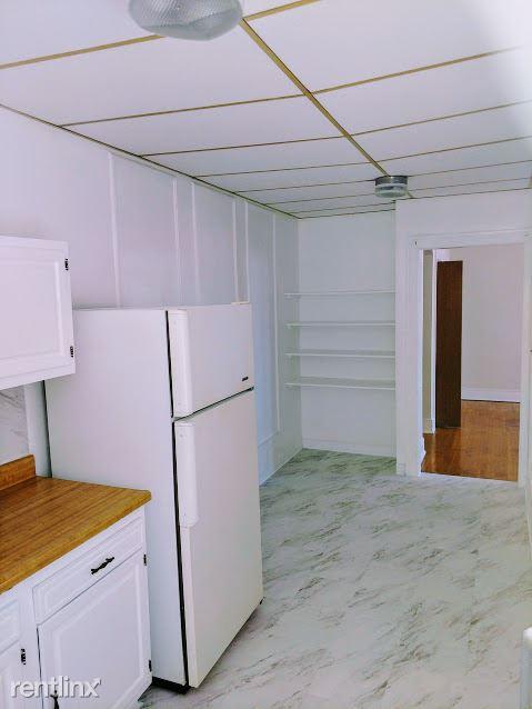 Hadley Hall - 6 - Kitchen