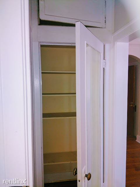 Hadley Hall - 7 - Bathroom Closet