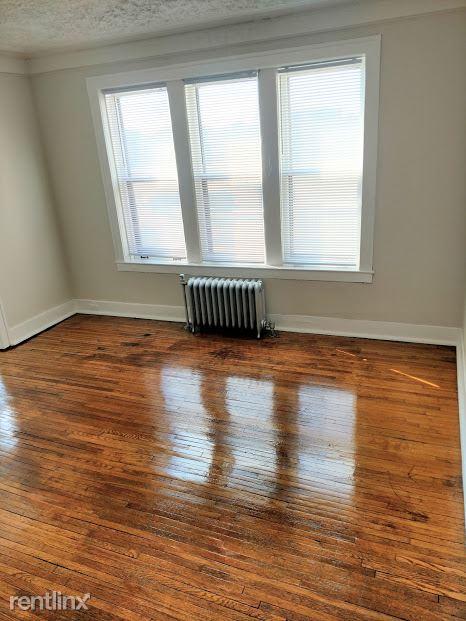 Hadley Hall - 3 - Living Room