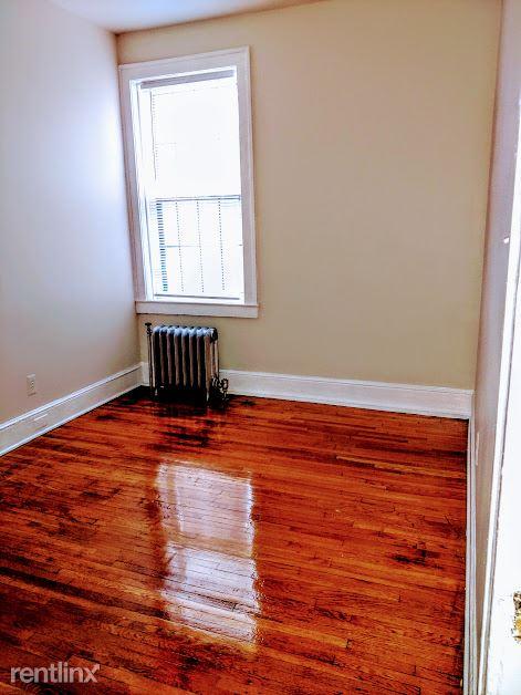 Hadley Hall - 8 - Bedroom Photo is representative