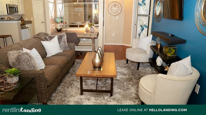 Landing Furnished Apartment Alon at Castle - 3 -