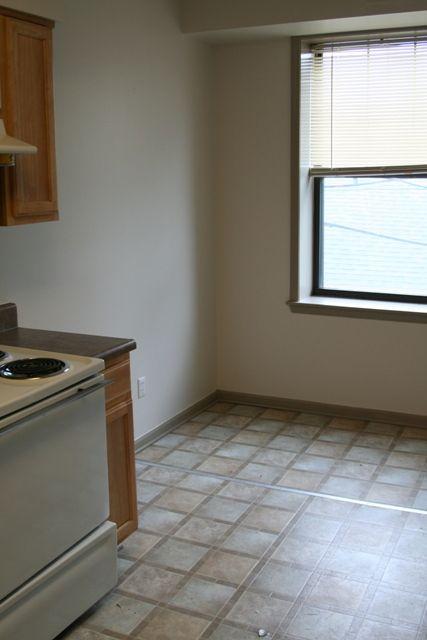 Vernor Apartments (2310 Cabot St), Detroit, MI - Southwest ...