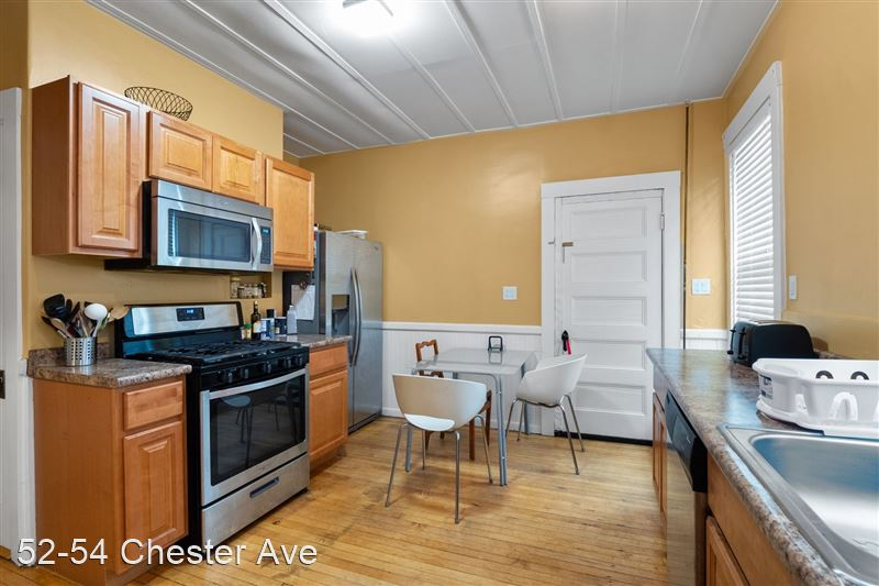 52-54 Chester Ave - 3 -