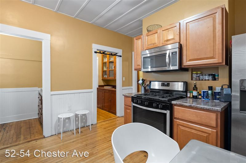 52-54 Chester Ave - 4 -
