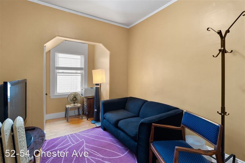 52-54 Chester Ave - 7 -