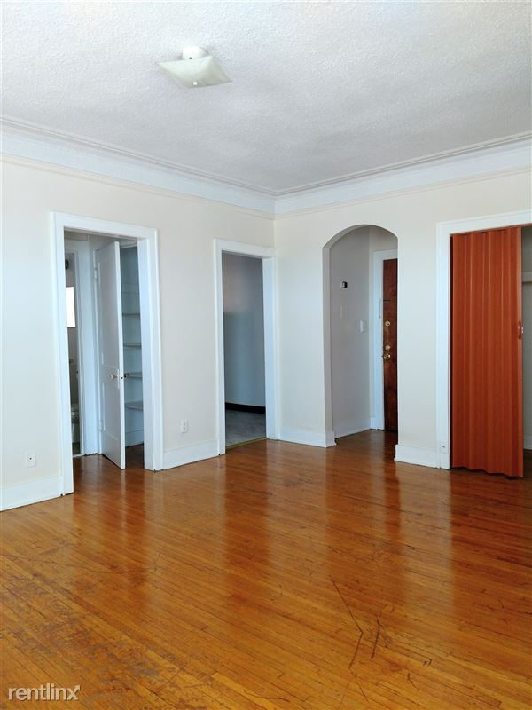 Hadley Hall - 4 - Living Room
