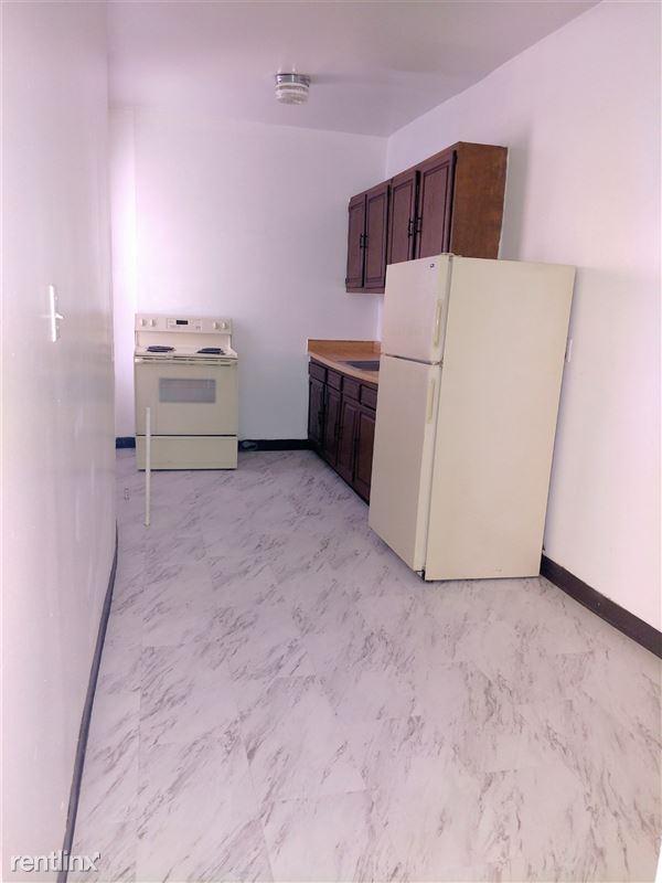 Hadley Hall - 3 - Kitchen