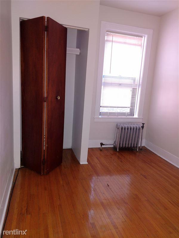 Hadley Hall - 8 - Bedroom