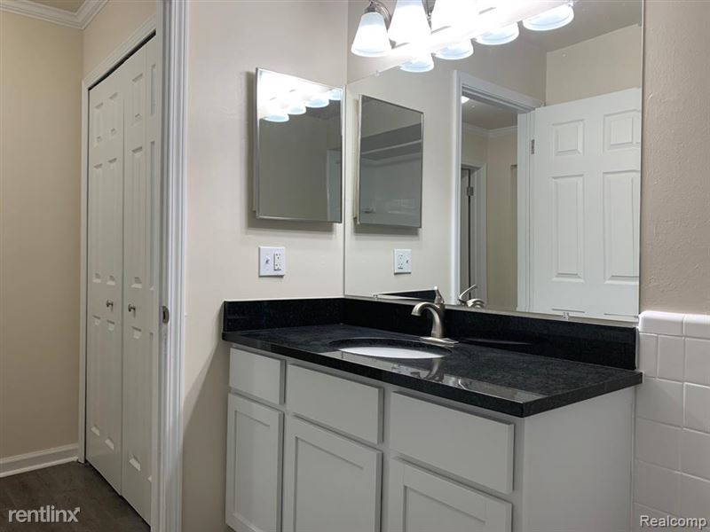 Marshall Place Apartments - 1 - GetMedia-11