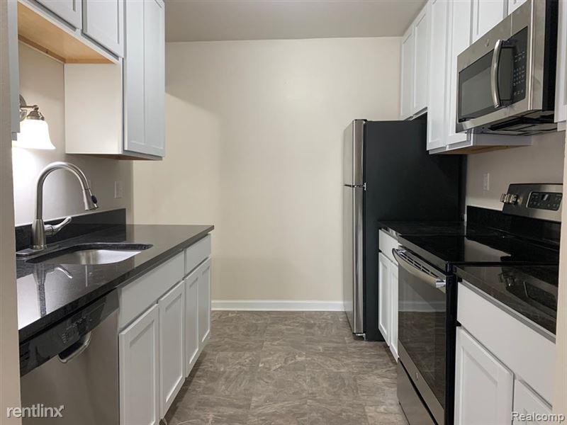 Marshall Place Apartments - 7 - GetMedia-2