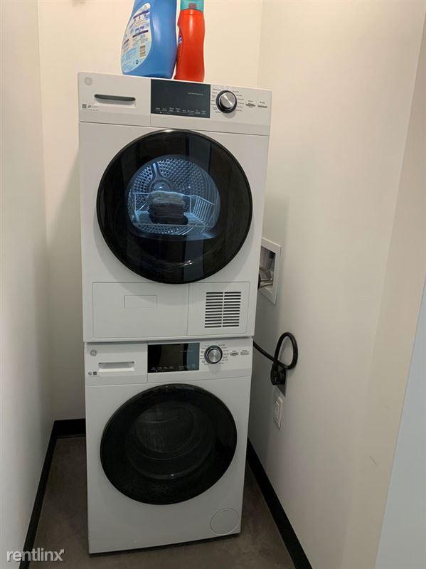 Harrison Circle - 3 - In Unit Laundry