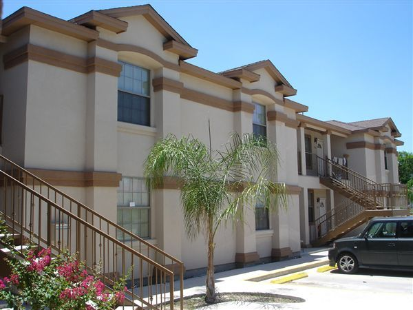 Balcones Apartments Laredo Tx