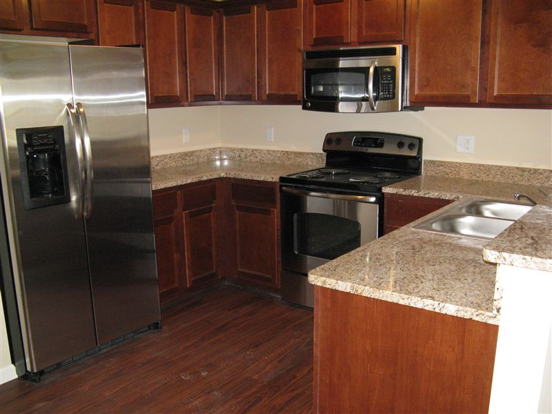 Shelby Woods Luxury Apartments