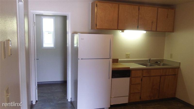 Latah Apartment #9, Move in PCR Photos taken 5-25-2014 (104)