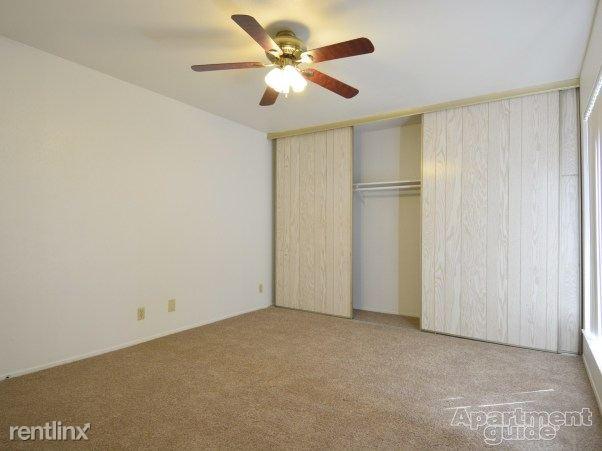 Heather Apartments - 4 - Room1