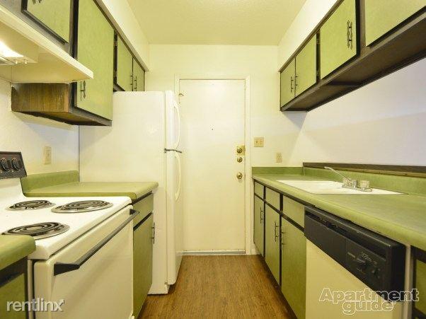 Heather Apartments - 6 - Kitchen