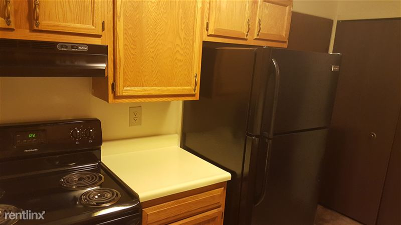 Garden Court Apartments and Townhomes - 3 - 2Br Apt-3