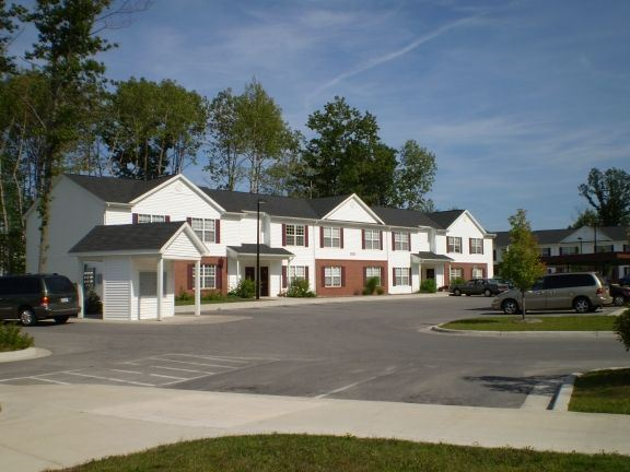 Bay Hill Apartments Traverse City Mi
