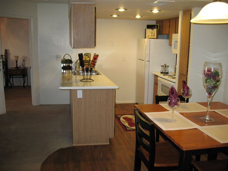 $830   $861 Two Bedroom Classic