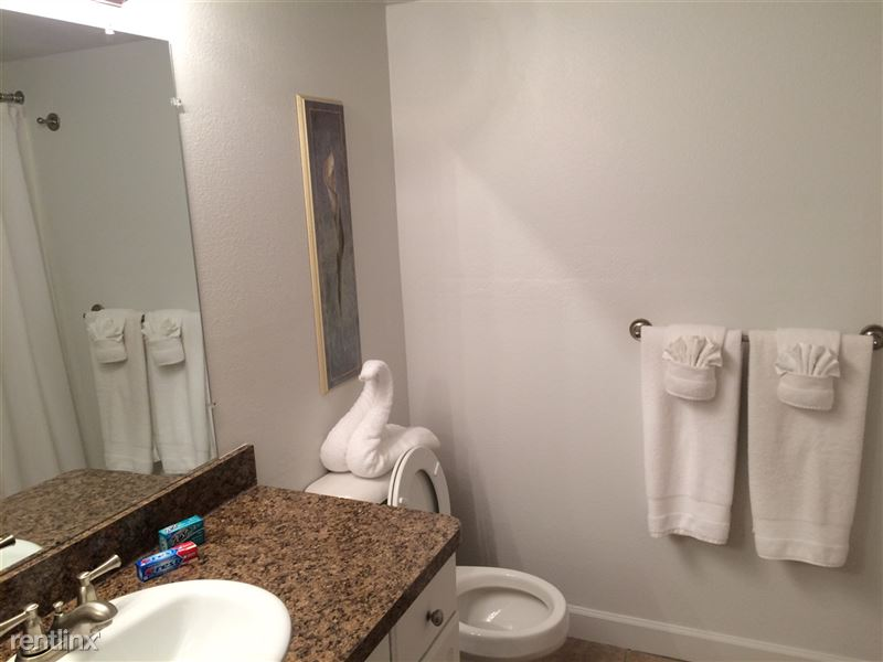 Furnished Apartments in Sterling Heights/Troy - 20 - IMG_0649