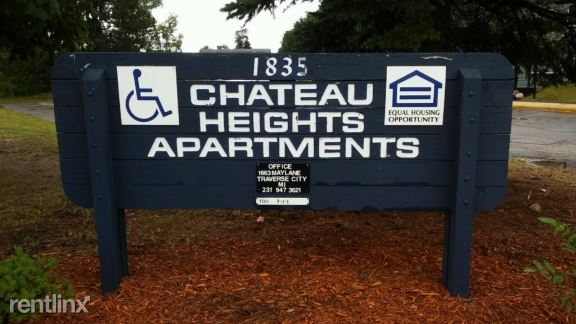 Chateau Heights Apartments Traverse City
