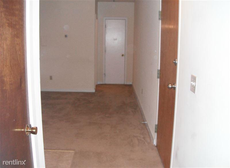 Hallway & front door