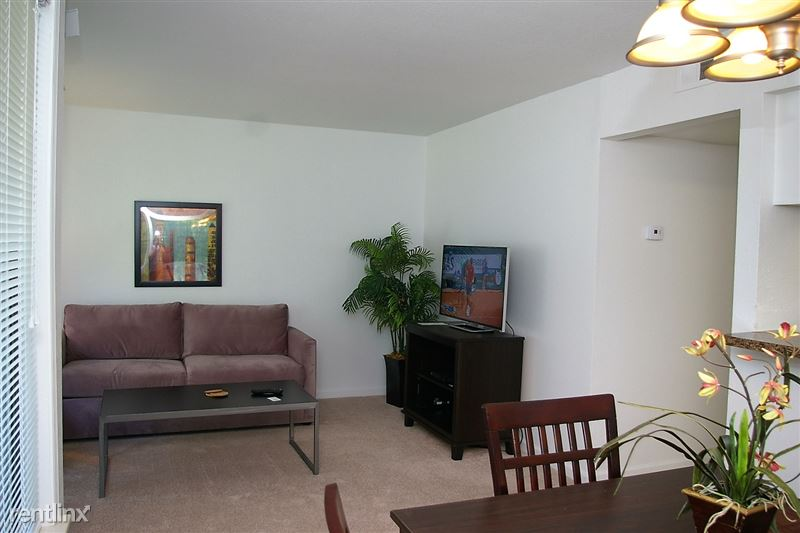 Furnished Apartments in Sterling Heights/Troy - 23 - LR2