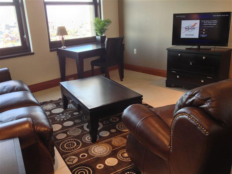 Livingroom - TV - Desk - Low Profile (2)