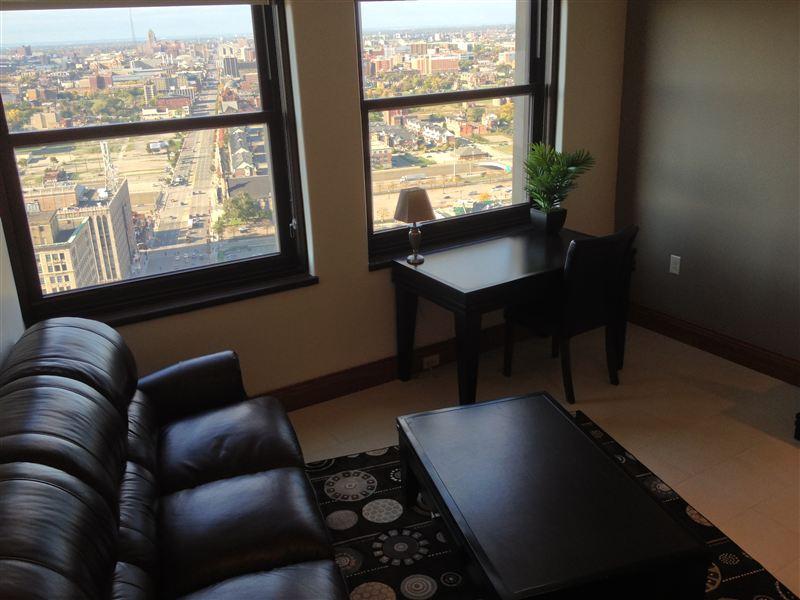 Livingroom - Windows - Sofa - Desk