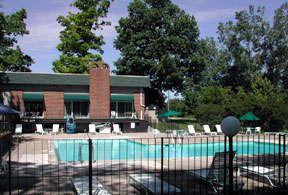 Flex-Lease/Furnished @ Auburn Hills Apts - 24 - 5-Club House