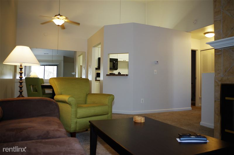 Furnished Apartments in Sterling Heights/Troy - 3 - IMGP2611