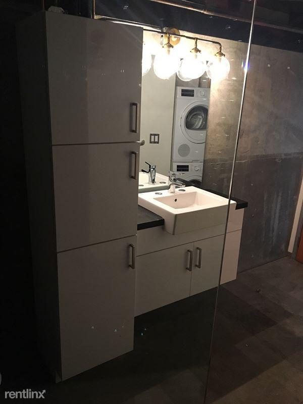 Cosmo Lofts - 1 - 114 bath