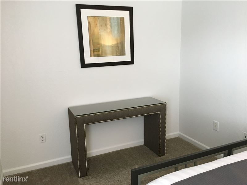 Furnished Apartments in Sterling Heights/Troy - 11 - IMG_1407