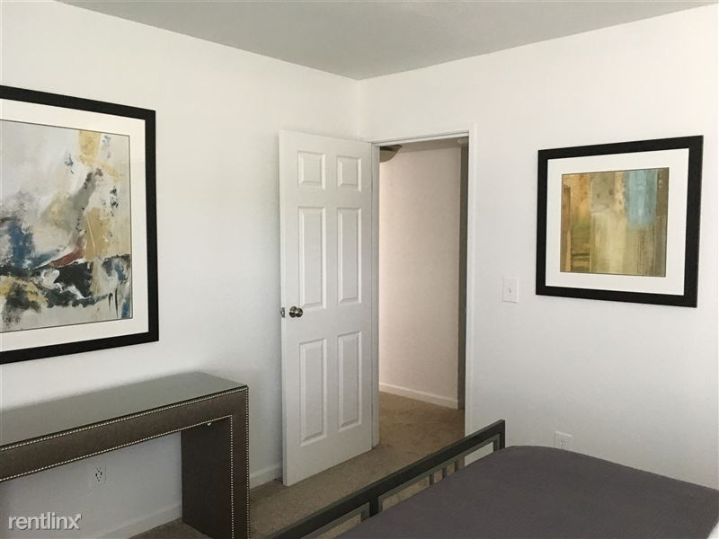 Furnished Apartments in Sterling Heights/Troy - 10 - IMG_1477