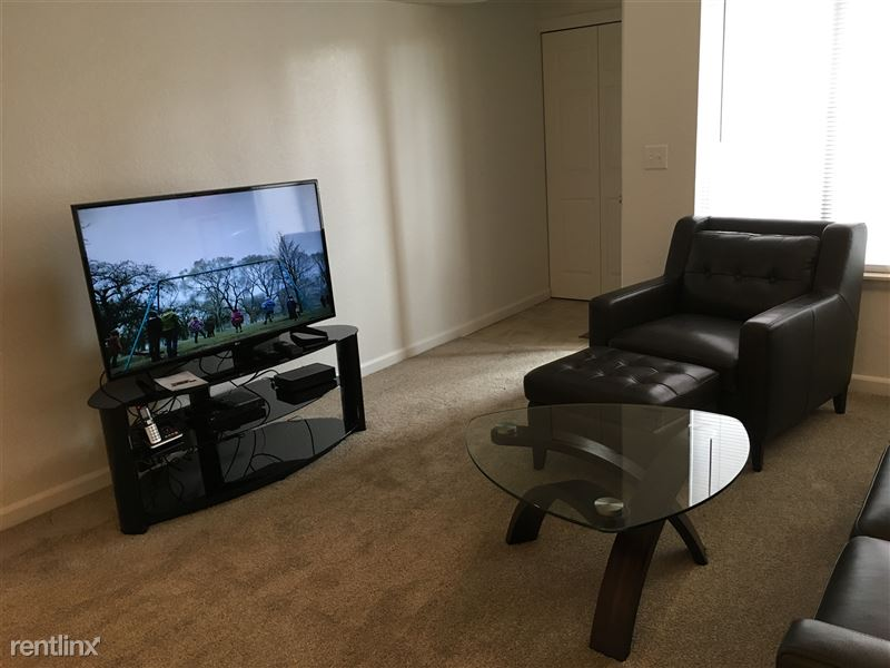Furnished Apartments in Sterling Heights/Troy - 15 - IMG_1413