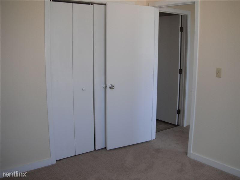 Bedroom closet area