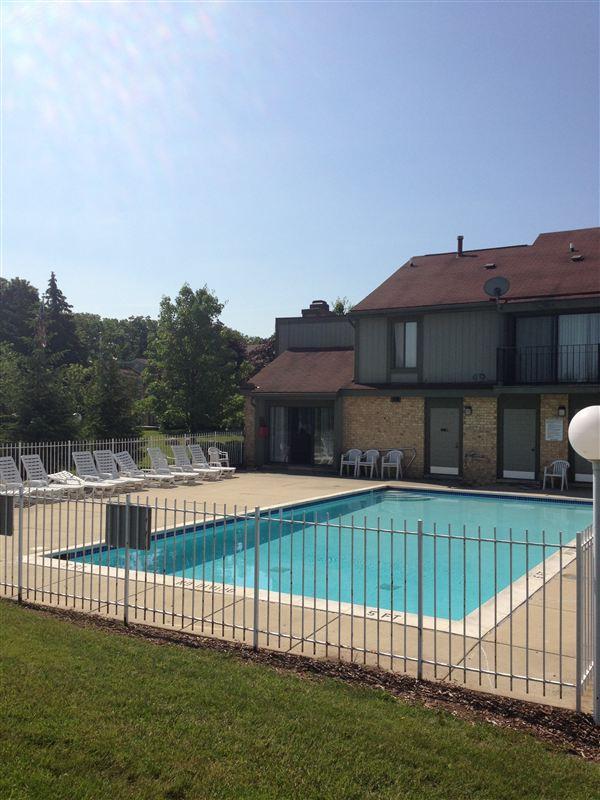 Turtle Creek Apartments - 7 - 20130620 pool 002