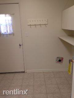 Townhome Laundry Room