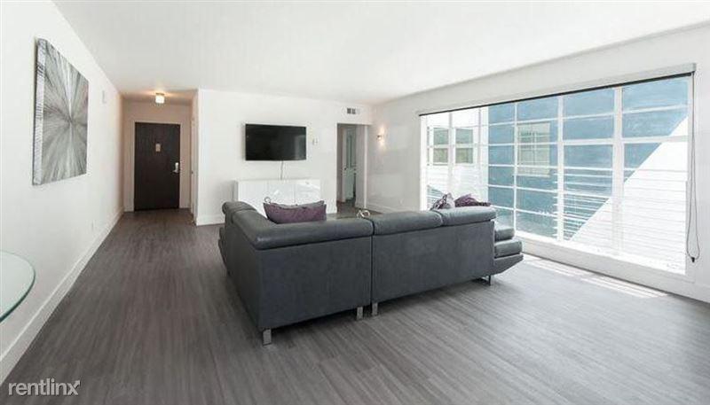 One Thirty One Maple - 4 - maple 02 livingroom