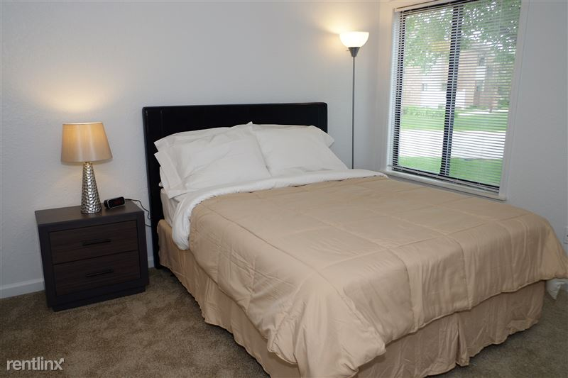 Furnished Apartments in Rochester Hills - 28 - IMGP3383